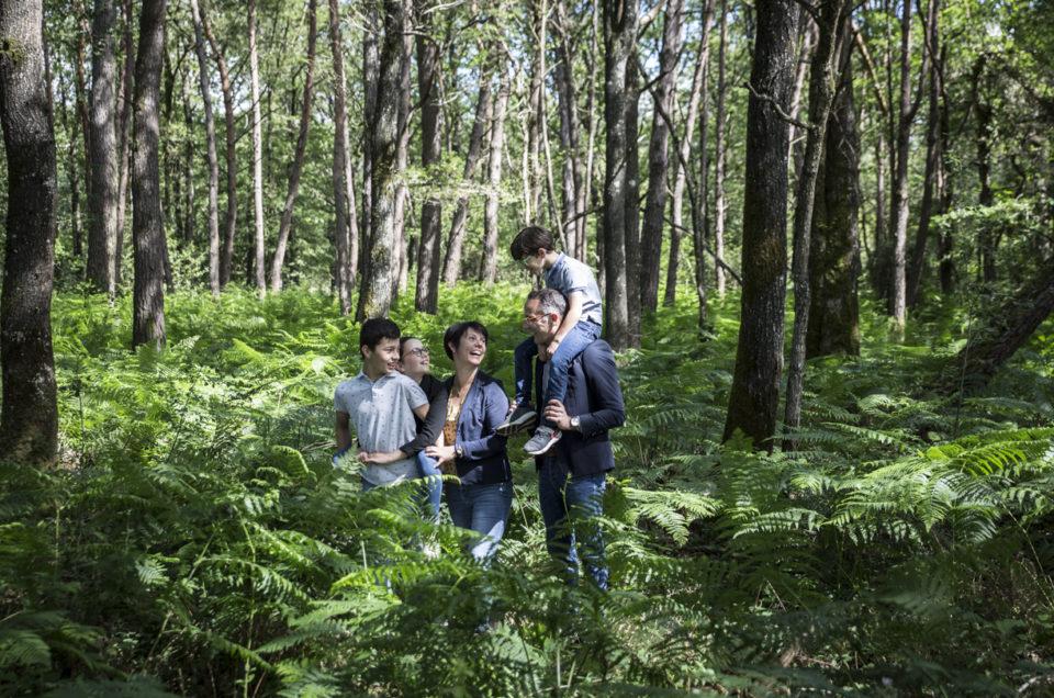 Séance photo famille – lifestyle en extérieur – Maine et Loire