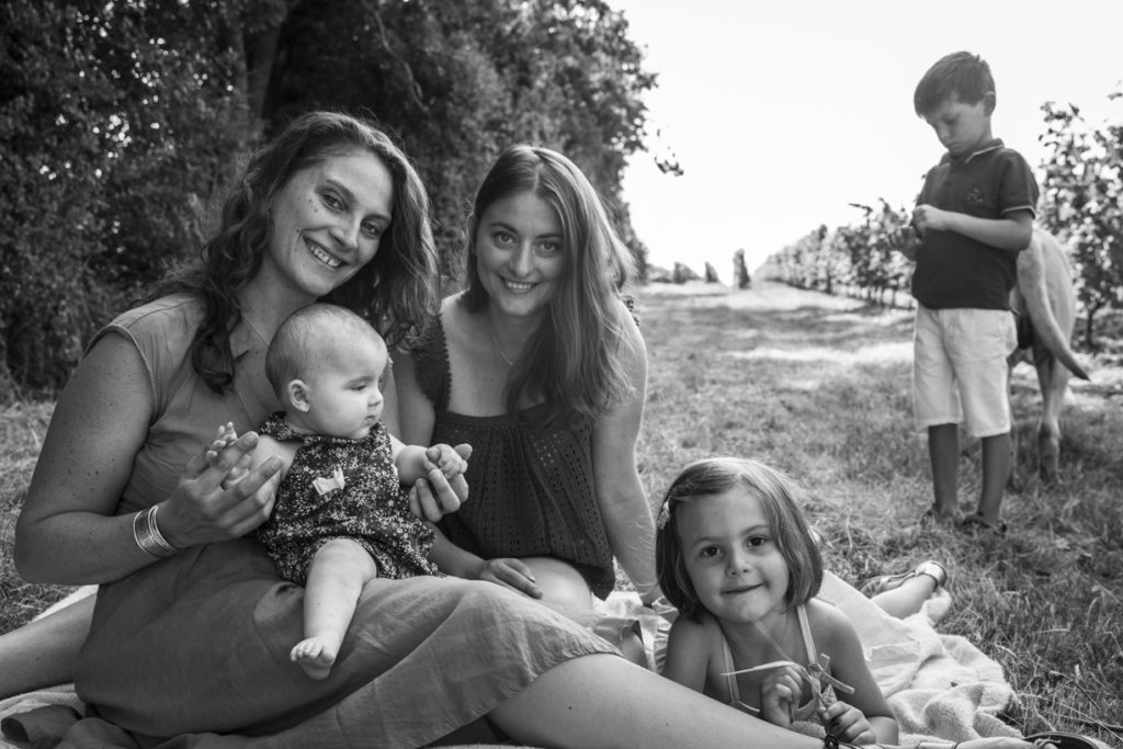 Photo de famille dans les vignes 8