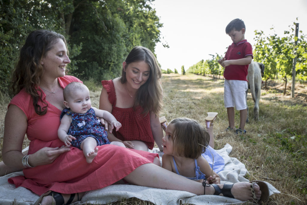 1A9A4718Photo de famille dans les vignes 9