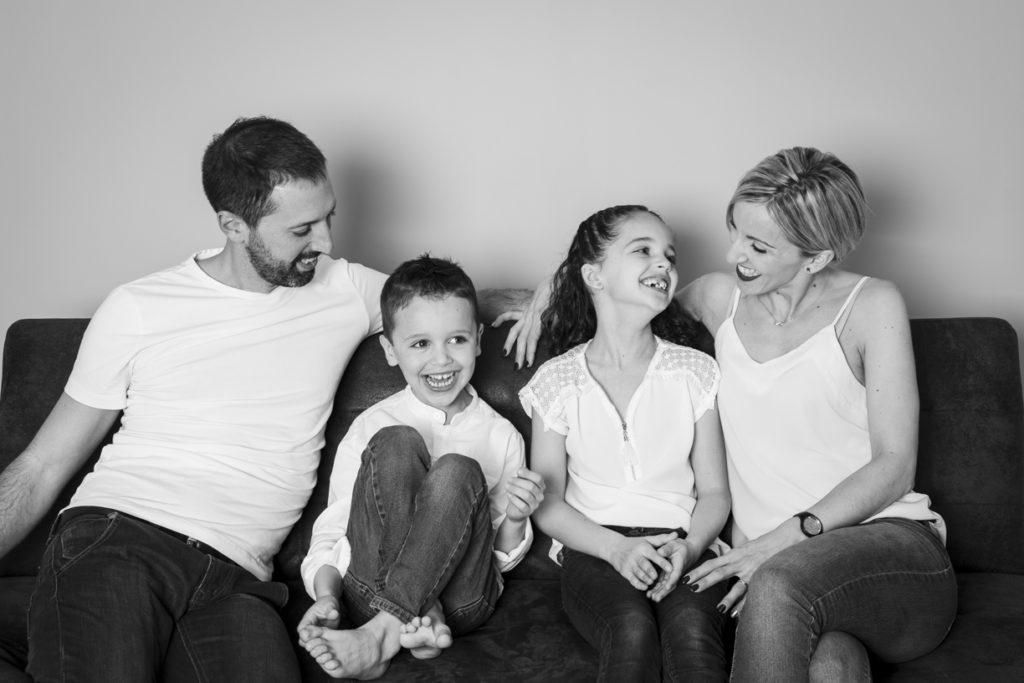 séance photo famille au studio 16