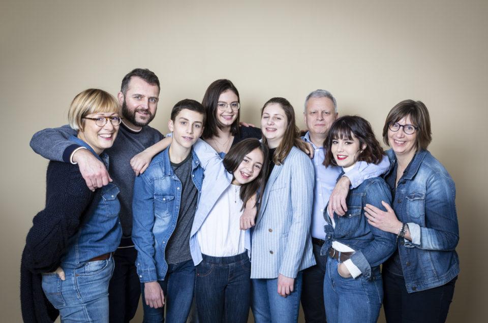 Séance photo famille au studio – Maine et Loire / Anjou