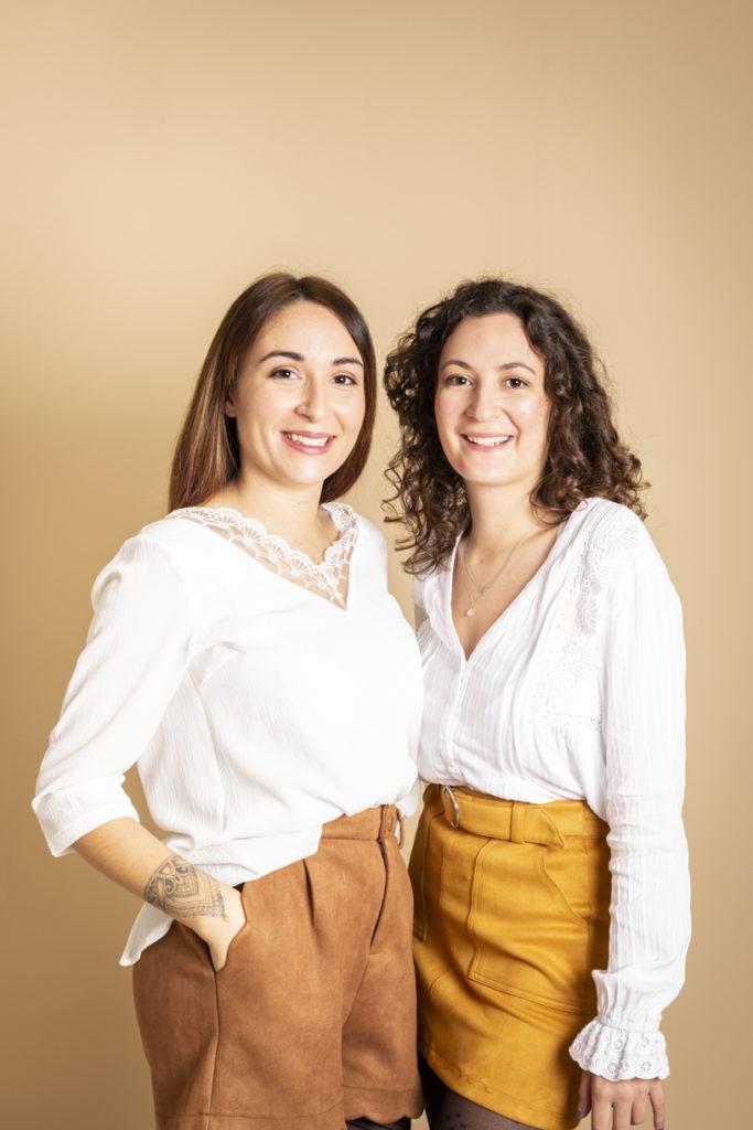 Deux soeurs au studio photo 6